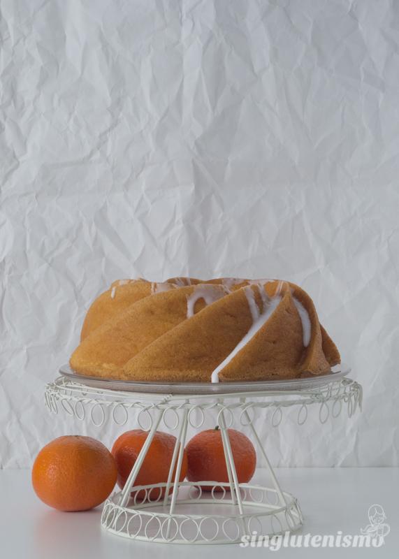bundt-cake-mandarina-singlutenismo
